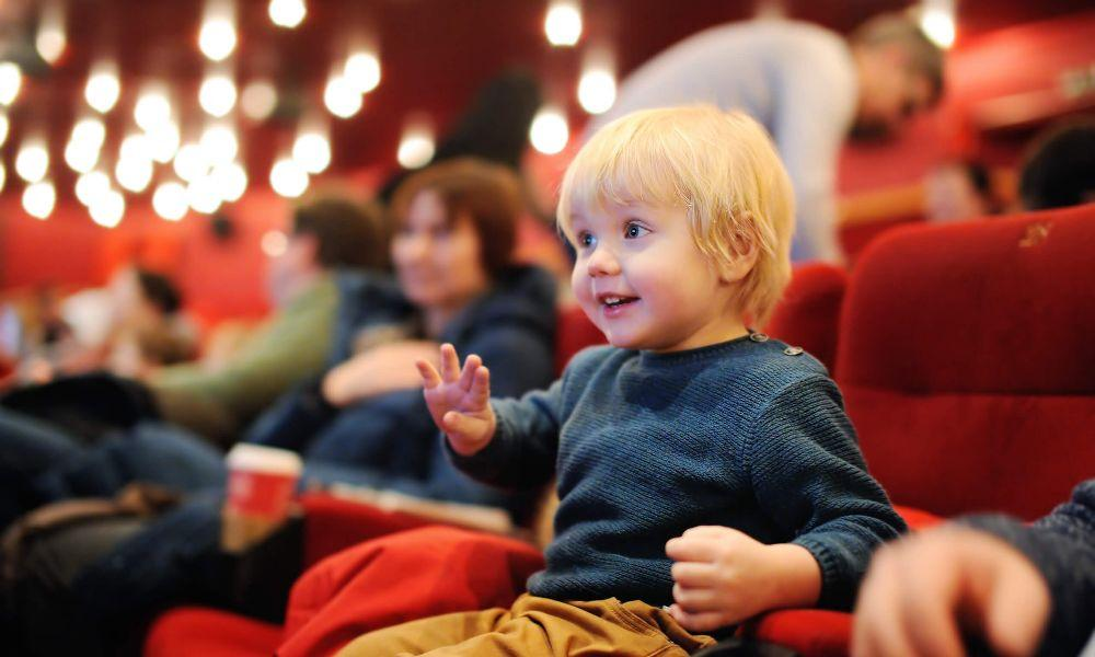 7 Benefits of Taking Children to the Theatre