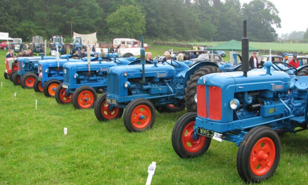 Steam and Vintage Show Near Penrhiwpal